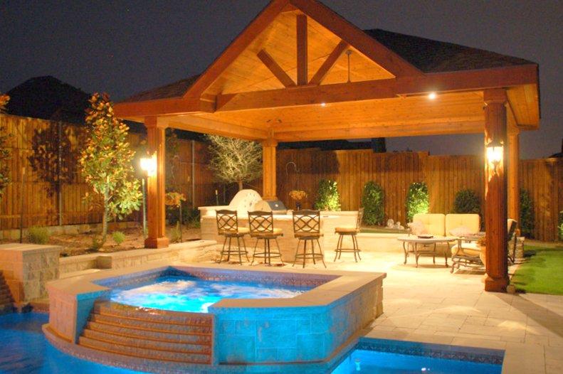 landscape_outdoor_kitchen_construction.JPG