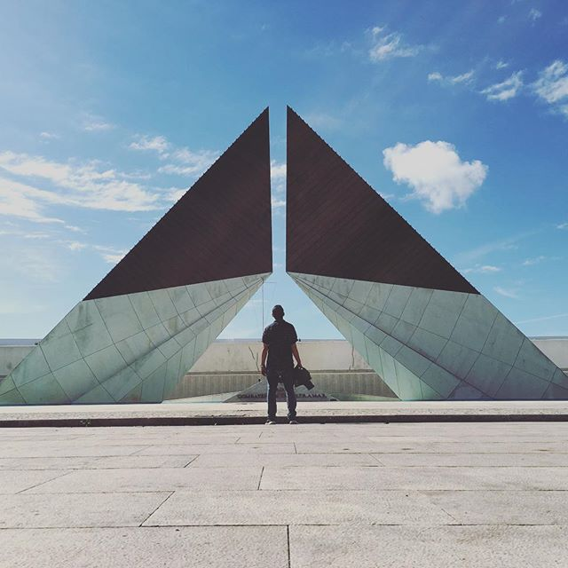 To the stars and back.  #architecture #lisbon #portugal #memorial #symmetry #arch #minimalist