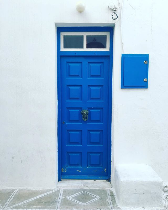 The unmistakeable 🔵 of the Greek islands. #greece #mykonos #blue #door #travelgram