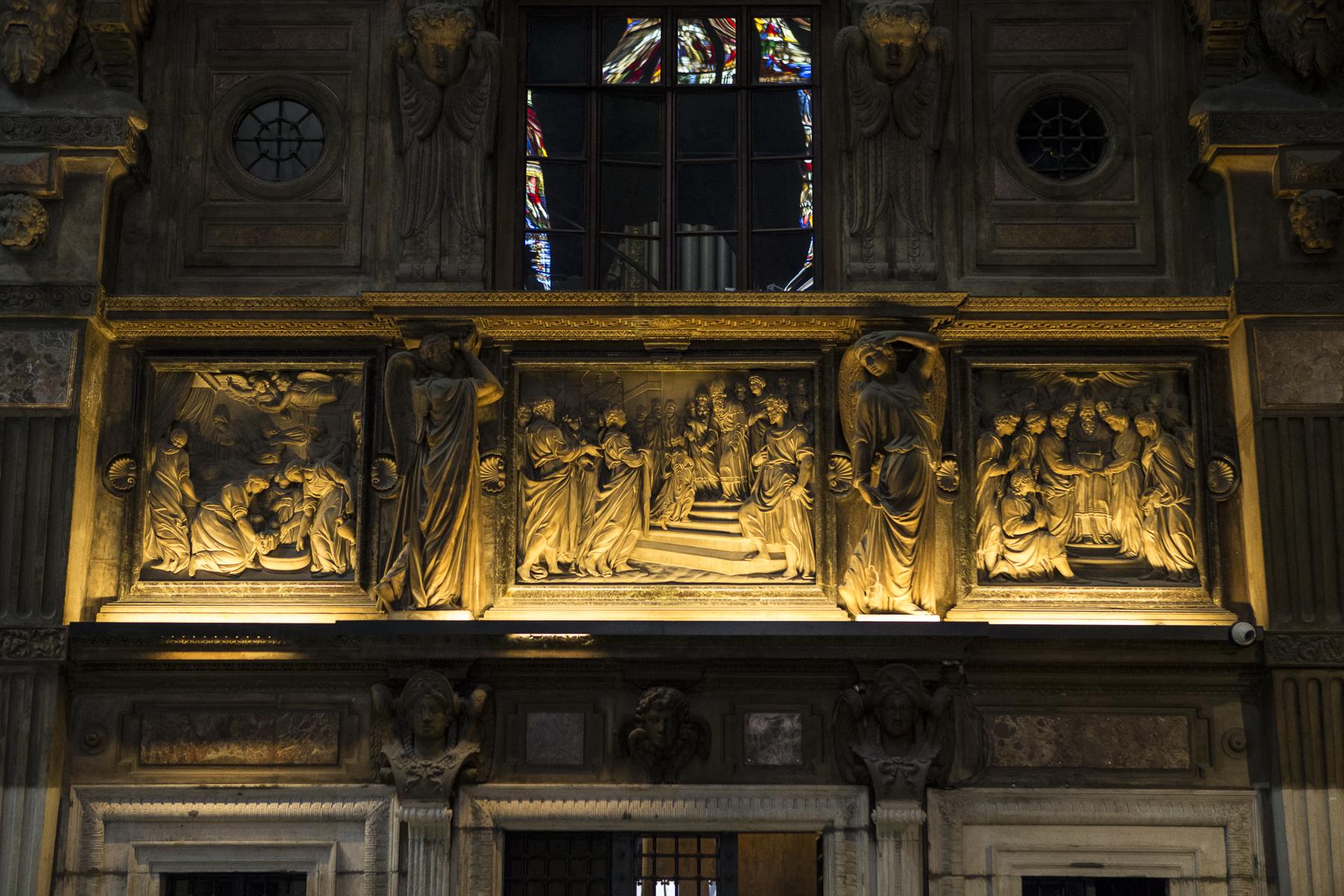 Milan Cathedral Inside-12.jpg