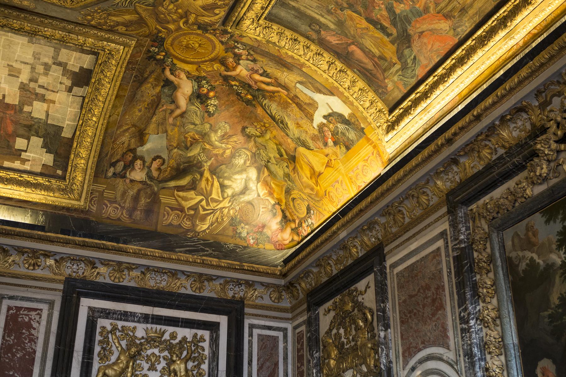 Palace of Versailles-19.jpg