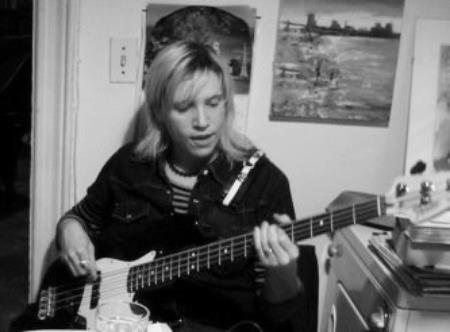 Erica Stoltz