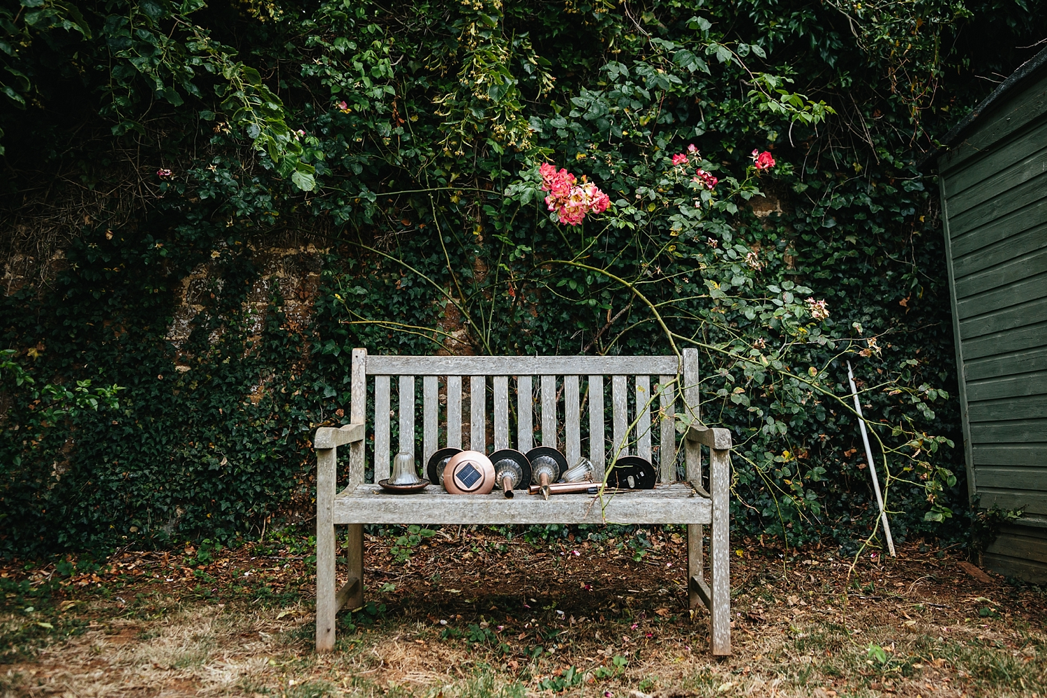 alexvictor-blog-natural-fun-relaxed-documentary-charlotte-jopling-wedding-photography-northamptonshire-home-garden-country-summer-3.jpg