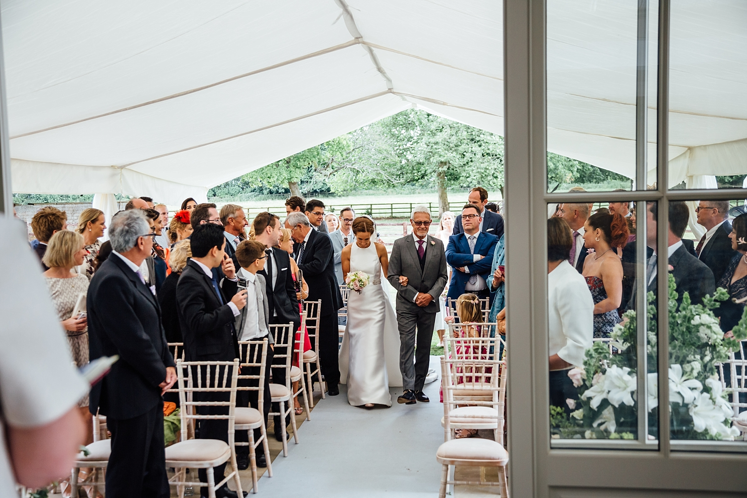 alexvictor-blog-natural-fun-relaxed-documentary-charlotte-jopling-wedding-photography-northamptonshire-home-garden-country-summer-26.jpg