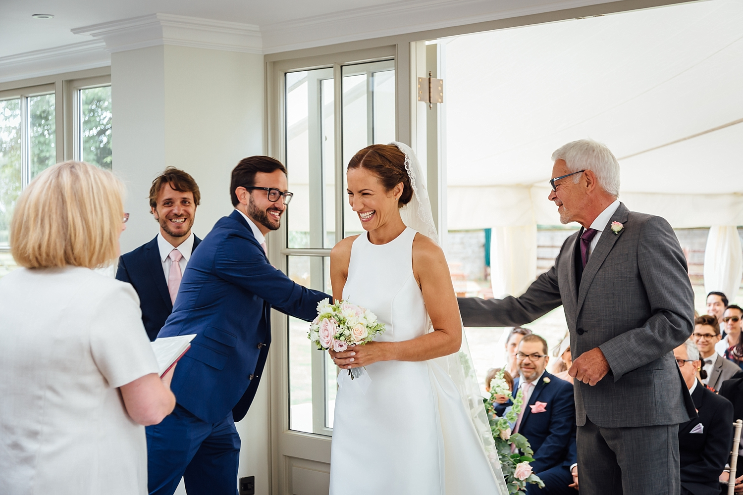 alexvictor-blog-natural-fun-relaxed-documentary-charlotte-jopling-wedding-photography-northamptonshire-home-garden-country-summer-27.jpg