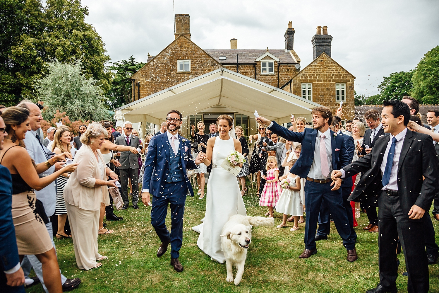 alexvictor-blog-natural-fun-relaxed-documentary-charlotte-jopling-wedding-photography-northamptonshire-home-garden-country-summer-32.jpg