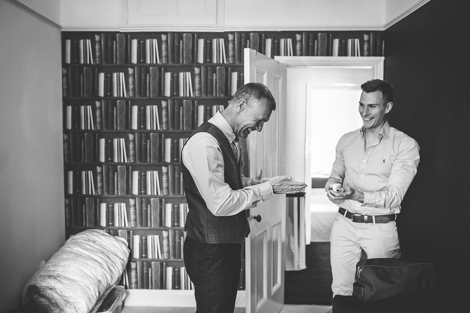 Natlie-Matthew-yorkshire-natural-relaxed-fun-documentary-reportage-candid-wedding-photography-photographer-Derby-Nottingham-Derbyshire-Nottinghamshire-Leicestershire-Lincolnshire-East-Midlands-17.jpg