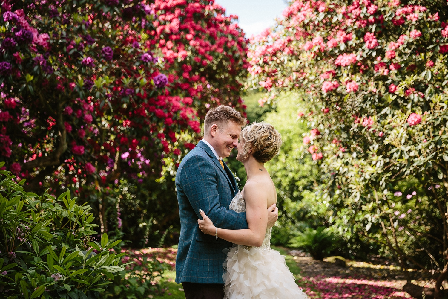Natlie-Matthew-yorkshire-natural-relaxed-fun-documentary-reportage-candid-wedding-photography-photographer-Derby-Nottingham-Derbyshire-Nottinghamshire-Leicestershire-Lincolnshire-East-Midlands-59.jpg