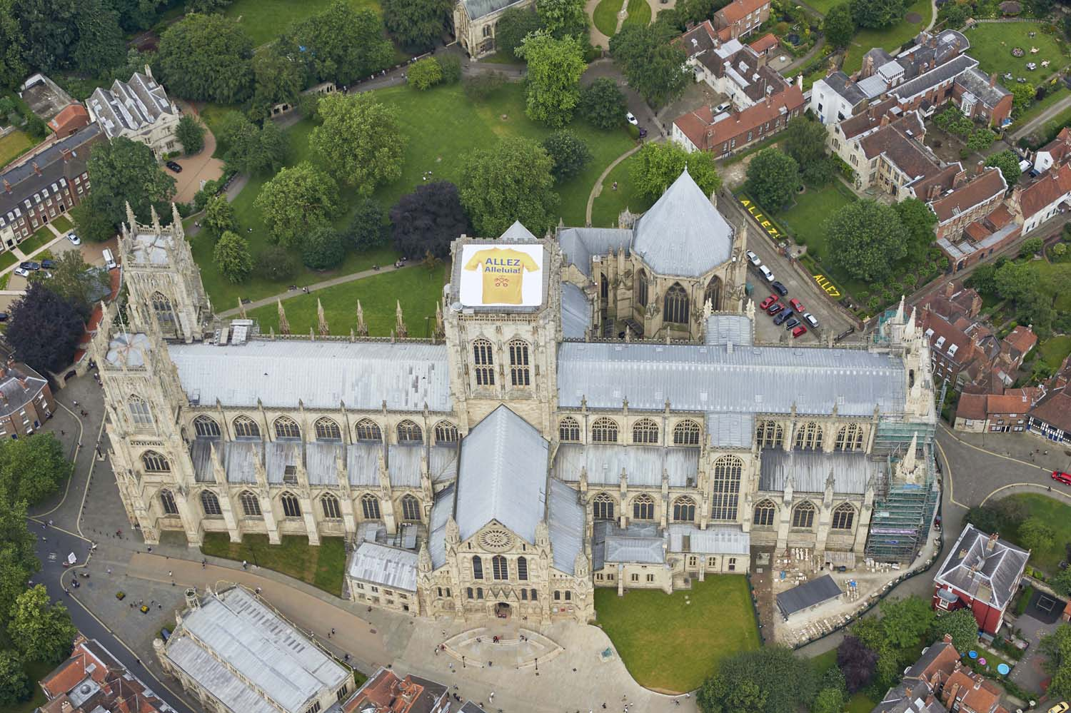 """York Minster for """"Le Tour"""" 2014, this picture went viral around the world"""