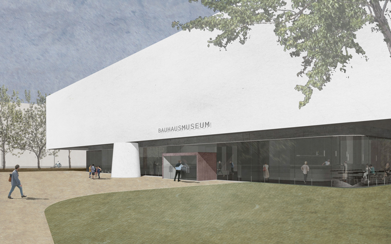 """Ein großes, rechteckiges Gefäß, auf vier kräftigen Pfeilern im Dessauer Stadtpark  abgestellt : das neue Bauhausmuseum. Der über 2.100m2 große Ausstellungsbereich, in dem die Schätze des """"Kosmos Bauhaus"""" gezeigt und erklärt werden, ist von der Umgebung vollkommen abgeschottet: Hier stehen die Geschichte und Werke des Bauhaus im Mittelpunkt des Geschehens.  >>>>"""