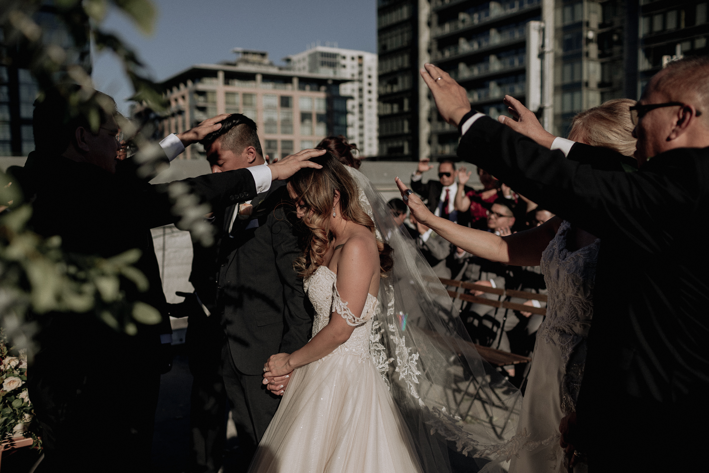 Gretchen Gause Photography | Los Angeles Hudson Loft Wedding #hudsonloft #laweddingphotographer #DTLA #weddingplanning #romanticwedding #rooftopwedding #weddingphotography #weddingdress #prayer