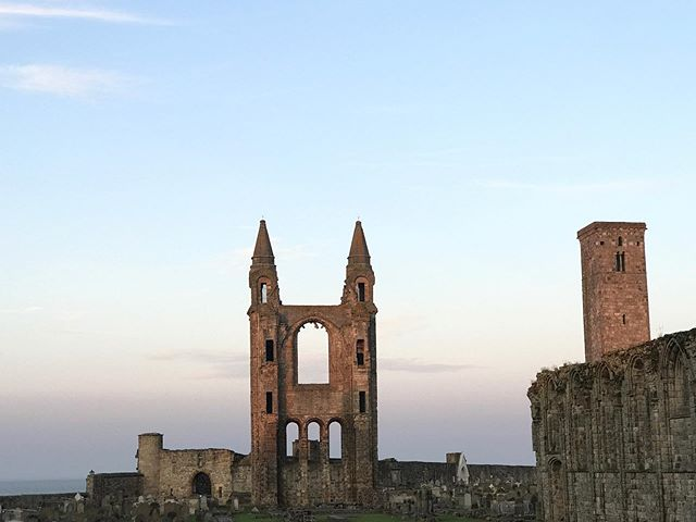 Old Castle spam begins.. NOW! #standrews #standrewscathedral #castleruins #locationhunting #travelphotography #ghosthunter #scotland