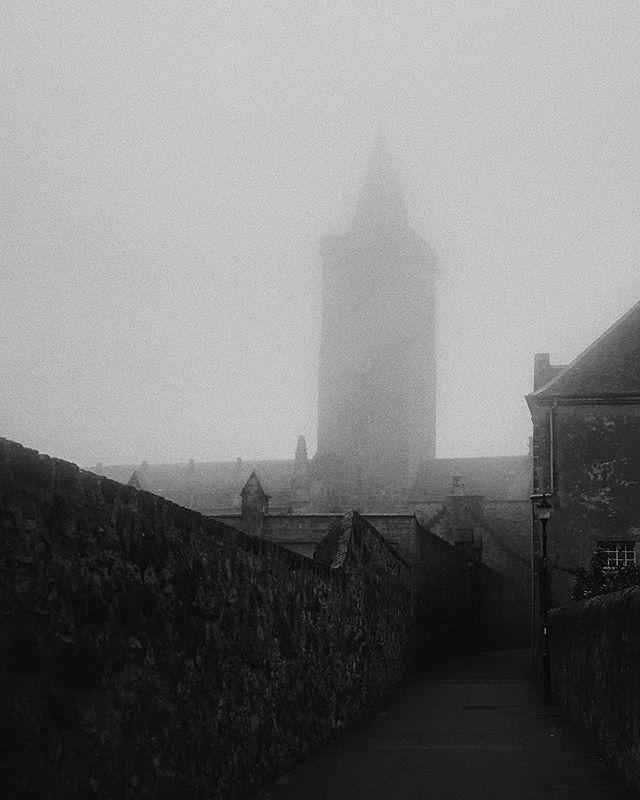Out ghosthunting! #filmlocationhunter #landscapehunters #ghosthunter #scotlandexplore #blackandwhite #landscapephotograpy #darkandmoody