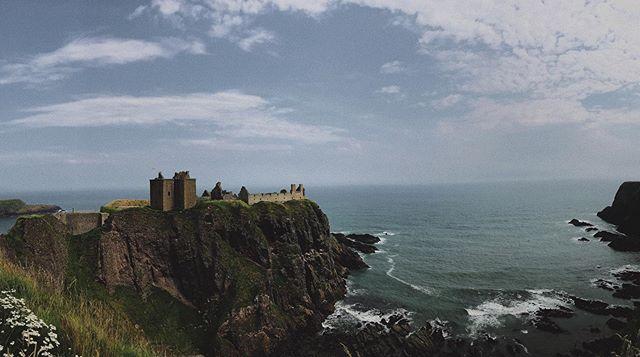 Donnottar Castle. Castle spam is ON! #castlespam #castleruins #dunnottarcastle #landscape_love #landscape_capture #landscapephotograpy