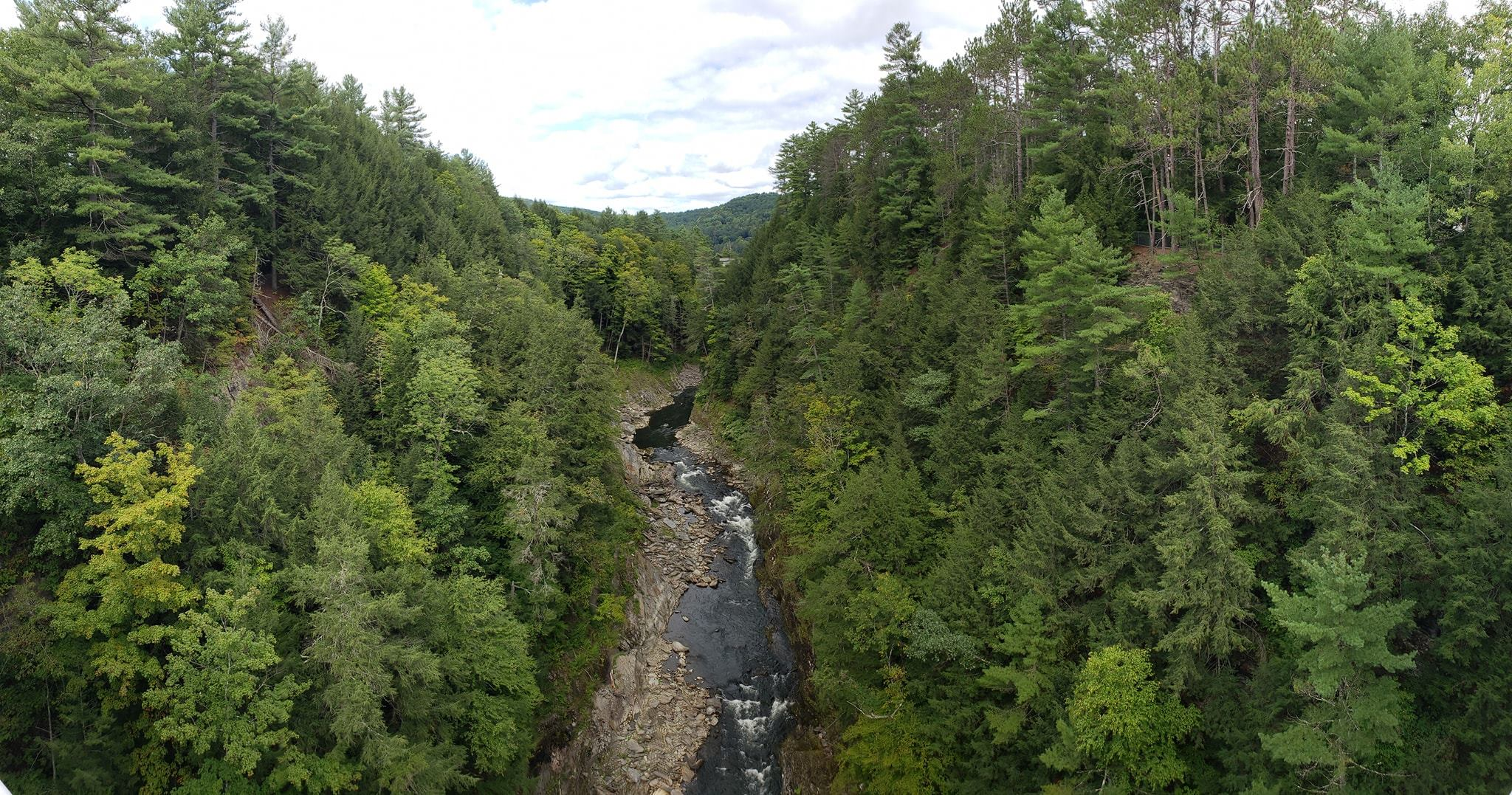 Queechee gorge, a nice little pitstop we made on our way to the lodge