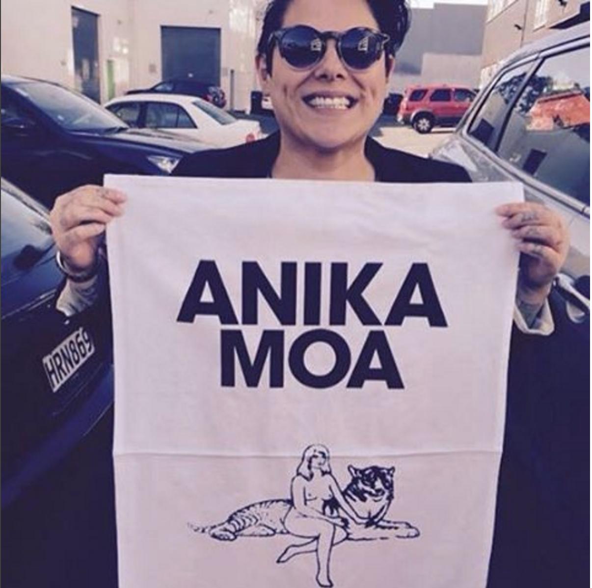 Anika Moa and Her New Tea Towel