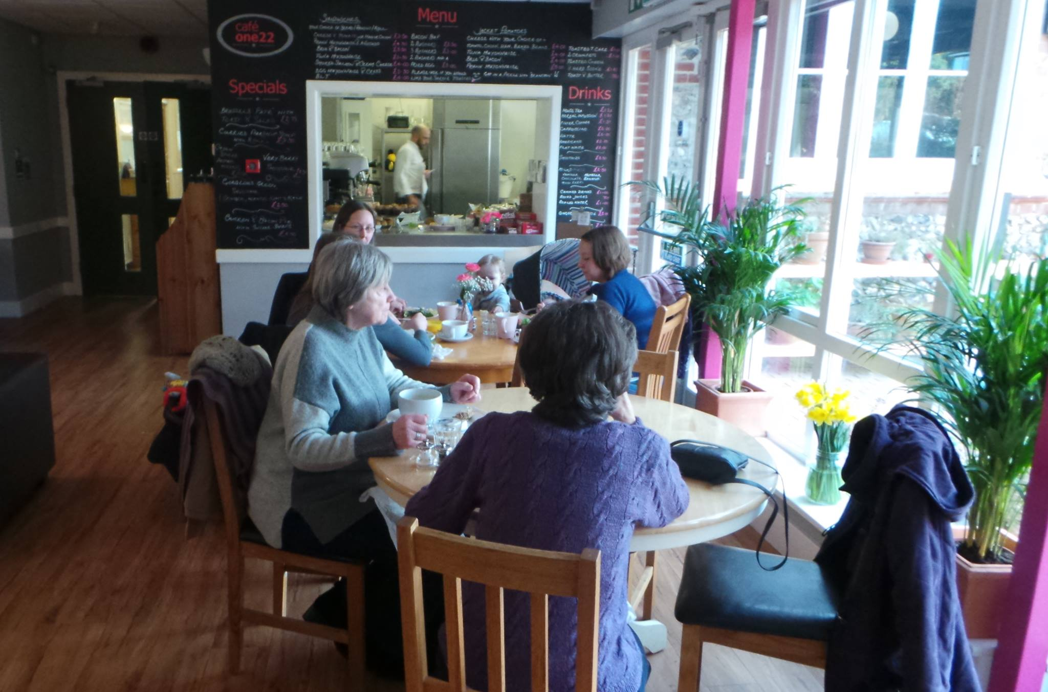 The beautiful onsite cafe means you can sit with a coffee and homemade cake (subject to cafe opening times) or simply sit comfortably whilst your child is in class.