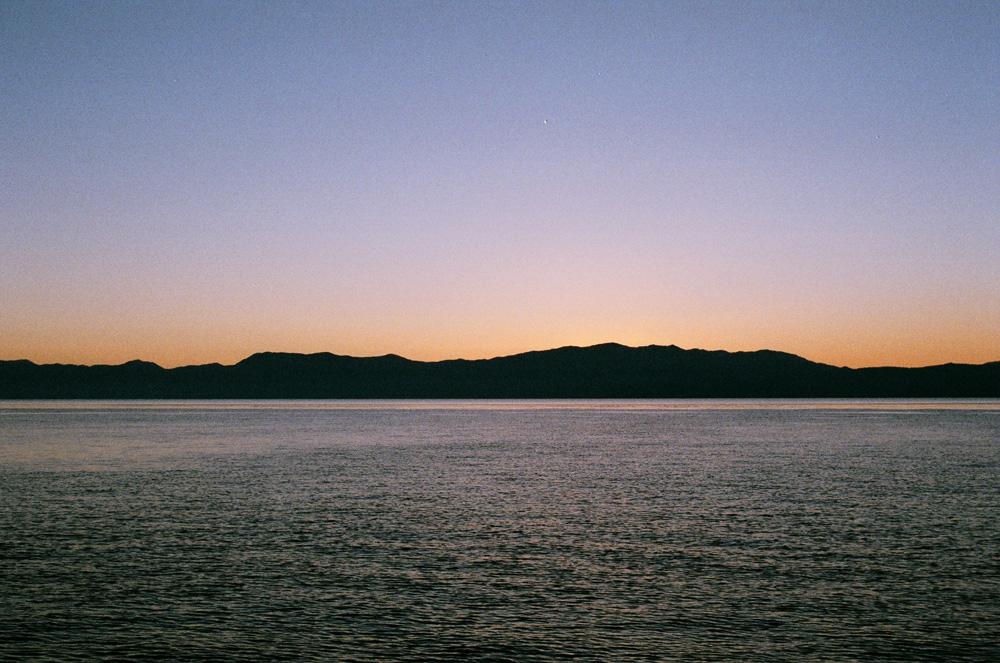 Sunriselake89230014.jpg