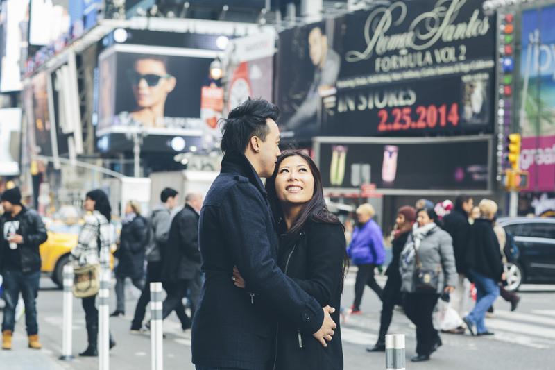 TiffJon-NYC-Timesquare-BrooklynBridge-Grandcentral-CynthiaChung-Engagement-0009