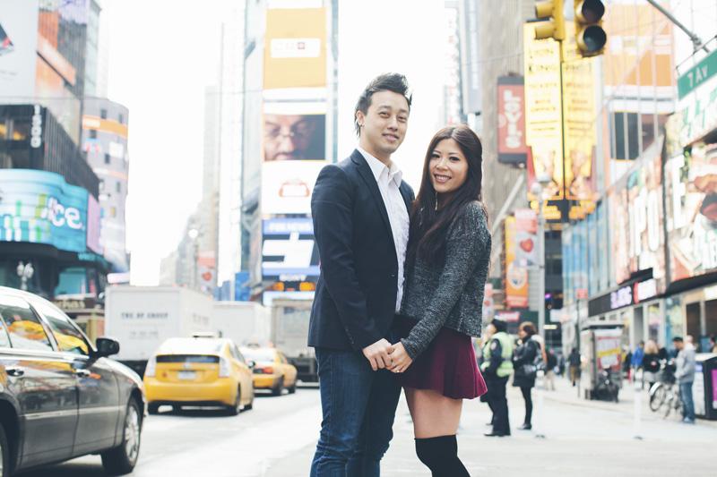 TiffJon-NYC-Timesquare-BrooklynBridge-Grandcentral-CynthiaChung-Engagement-0016