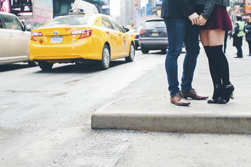 TiffJon-NYC-Timesquare-BrooklynBridge-Grandcentral-CynthiaChung-Engagement-0017