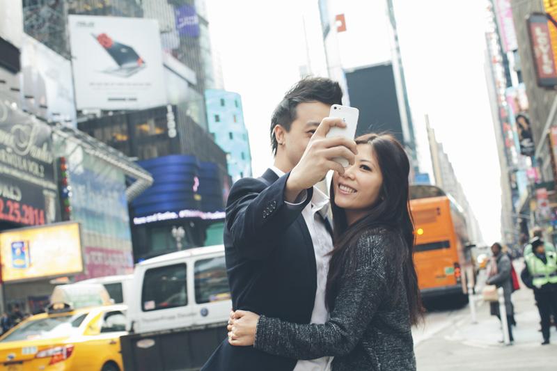 TiffJon-NYC-Timesquare-BrooklynBridge-Grandcentral-CynthiaChung-Engagement-0019