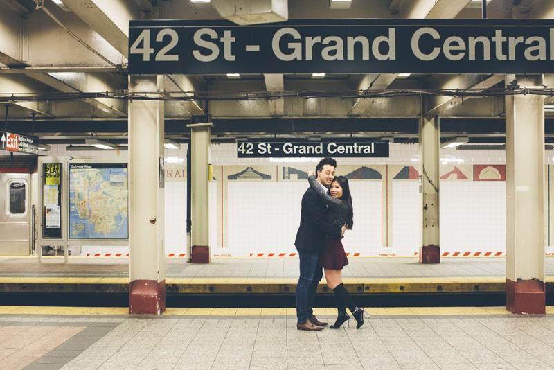 TiffJon-NYC-Timesquare-BrooklynBridge-Grandcentral-CynthiaChung-Engagement-0025