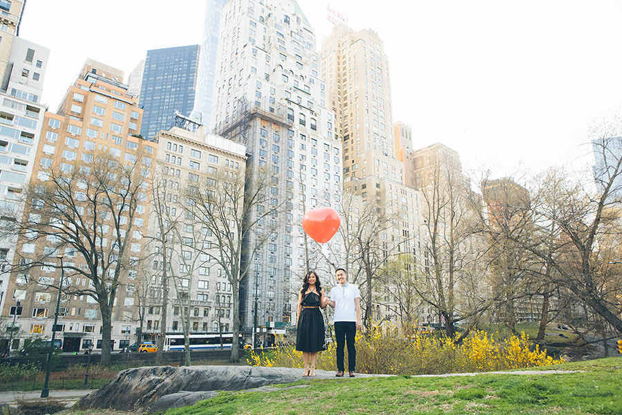 JENNIFER-PAUL-NYC-ENGAGEMENT-SESSION-CYNTHIACHUNG-BLOG-0006.jpg