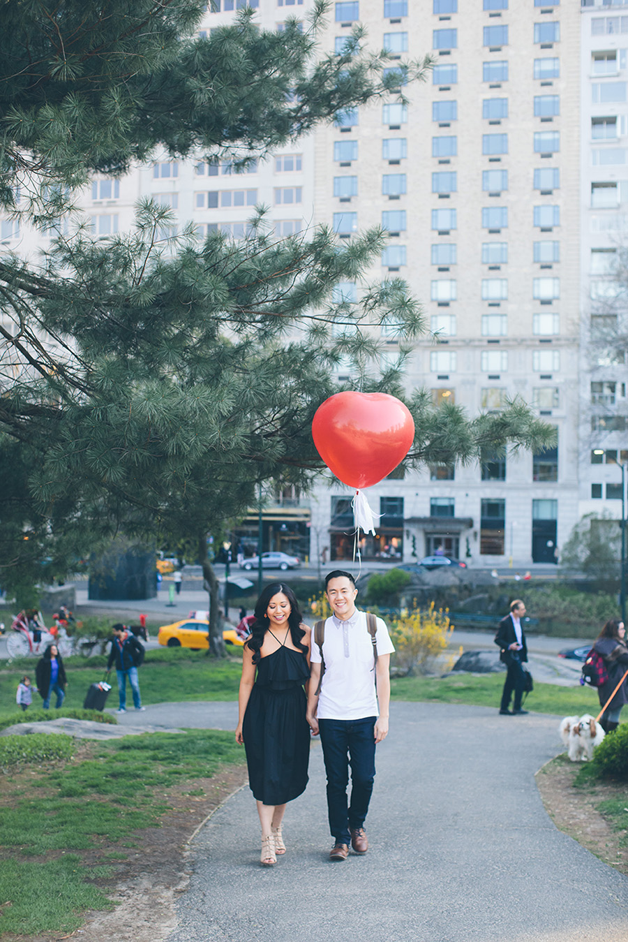 JENNIFER-PAUL-NYC-ENGAGEMENT-SESSION-CYNTHIACHUNG-BLOG-0024.jpg