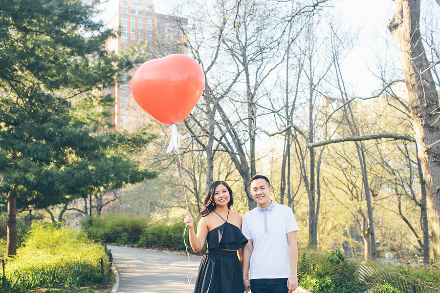 JENNIFER-PAUL-NYC-ENGAGEMENT-SESSION-CYNTHIACHUNG-BLOG-0035.jpg