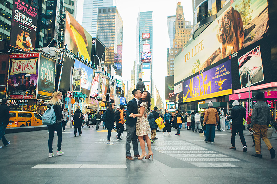 JENNIFER-PAUL-NYC-ENGAGEMENT-SESSION-CYNTHIACHUNG-BLOG-0048.jpg