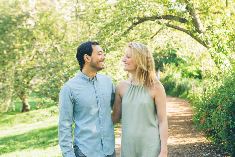 CLAUDIA-BRENDAN-UPPERWESTSIDE-CENTRALPARK-ENGAGEMENT-SESSION-BLOG-CYNTHIACHUNG-0007.jpg
