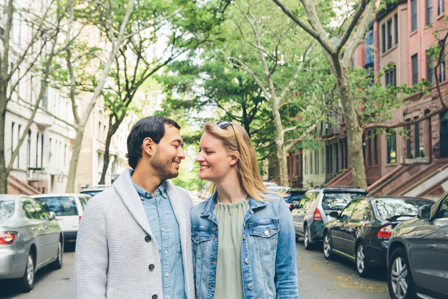 CLAUDIA-BRENDAN-UPPERWESTSIDE-CENTRALPARK-ENGAGEMENT-SESSION-BLOG-CYNTHIACHUNG-0031.jpg