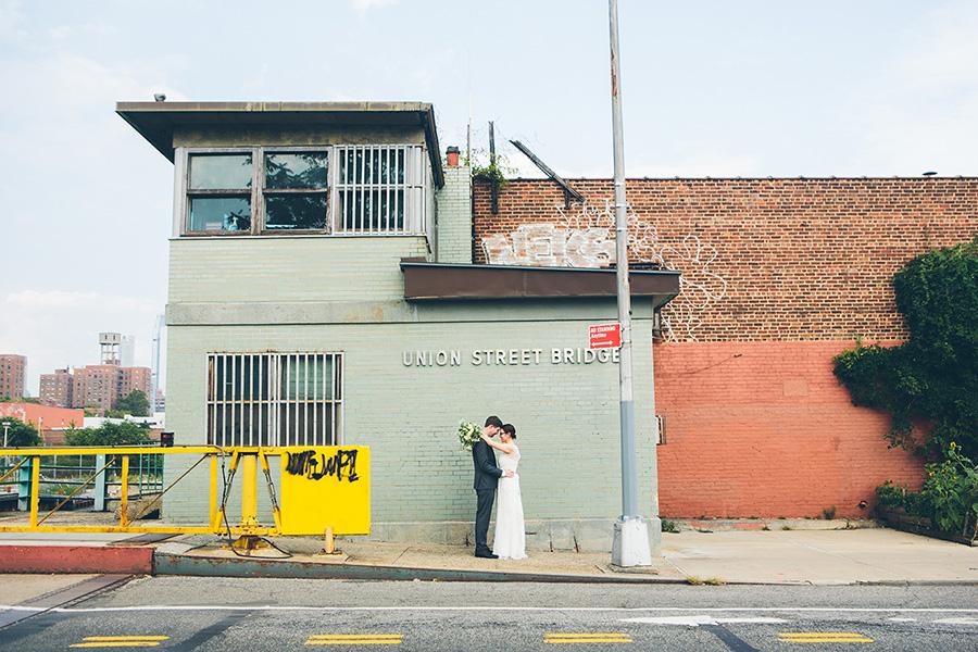 LAURIE-MATT-501-UNION-BROOKLYN-NYC-WEDDING-BLOG-CYNTHIACHUNG-A-0028.jpg