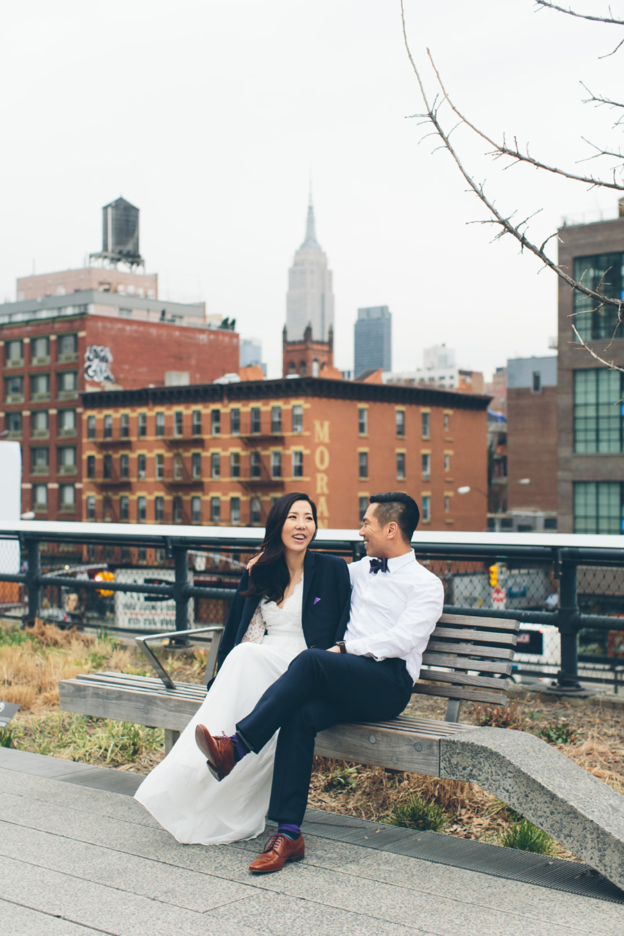 kate-thomas-nyc-highline-chelsea-engagement-photography-session-cynthiachung-0023.jpg