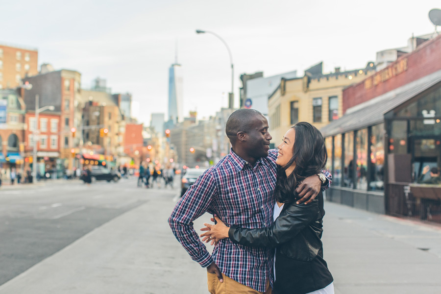 JESSICA-ARC-NYC-WEST-VILLAGE-LES-OCCULUS-WEDDING-ENGAGEMENT-PHOTOGRAPY-SESSION-CYNTHIACHUNG-0016.jpg