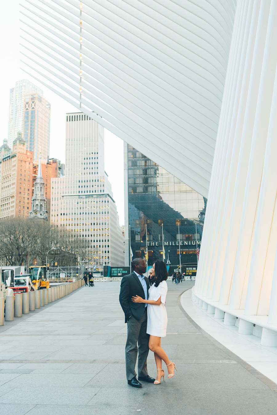 JESSICA-ARC-NYC-WEST-VILLAGE-LES-OCCULUS-WEDDING-ENGAGEMENT-PHOTOGRAPY-SESSION-CYNTHIACHUNG-0018.jpg