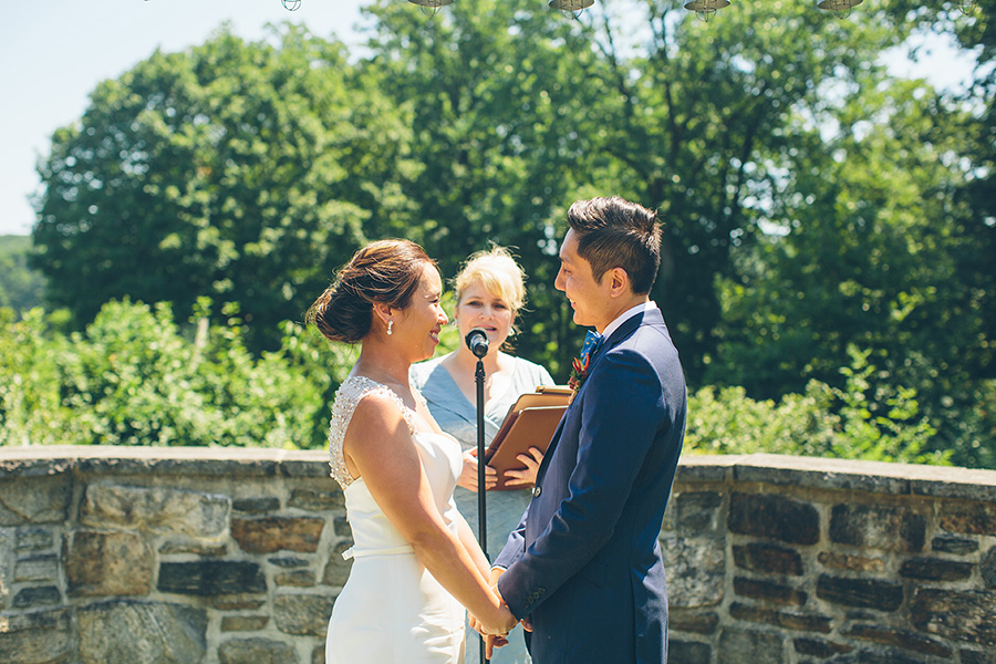 NYC-WEDDING-PHOTOGRAPHER-CITYHALL-ELOPEMENT-BLUE-HILL-AT-STONE-BARNS-WEDDING-VINCY-FONG-0041.jpg