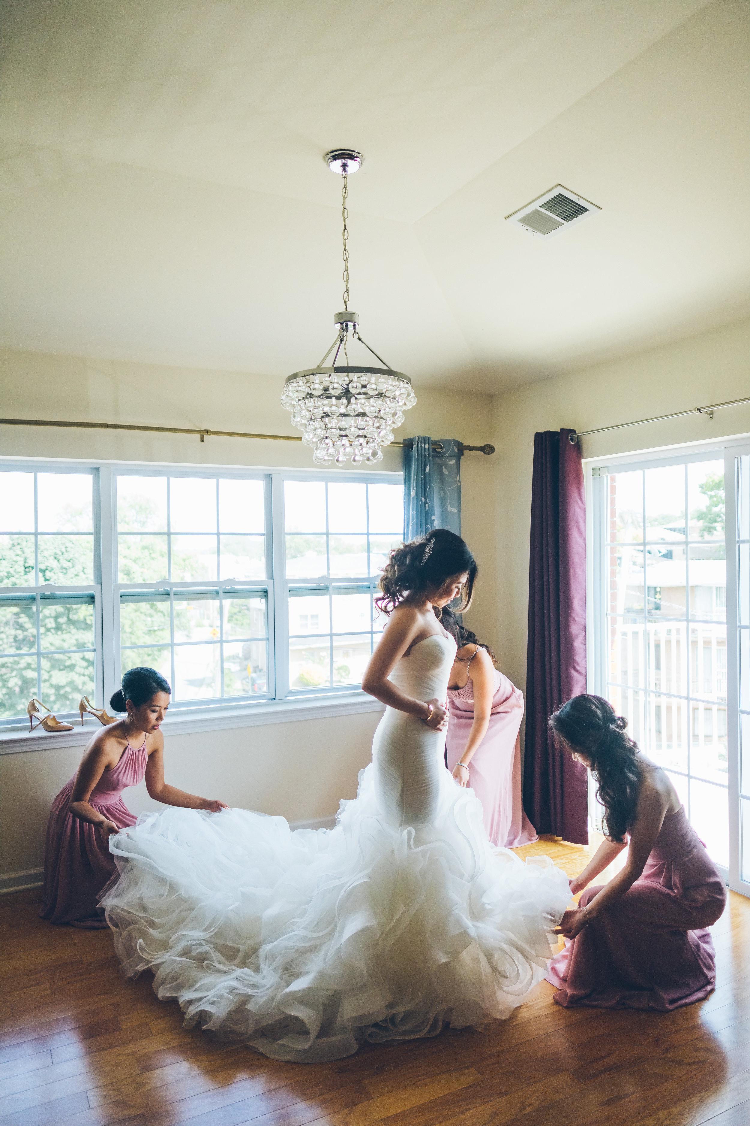 JUDITH-IRVING-NYC-WEDDING-BRIDEPREP-CYNTHIACHUNG-0049.jpg