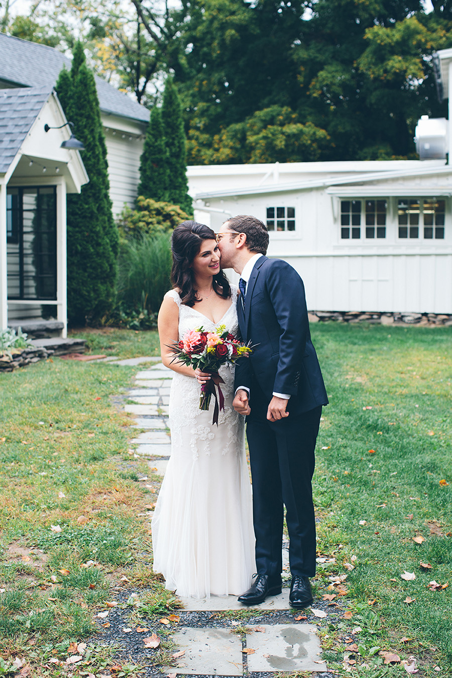 NEW-YORK-CITY-WEDDING-PHOTOGRAPHER-CATSKILLS-NY-FOXFIRE-MOUNTAIN-HOUSE-0032.jpg