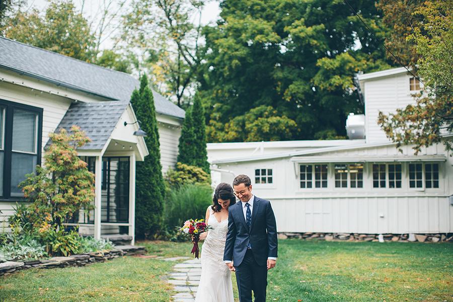 NEW-YORK-CITY-WEDDING-PHOTOGRAPHER-CATSKILLS-NY-FOXFIRE-MOUNTAIN-HOUSE-0034.jpg