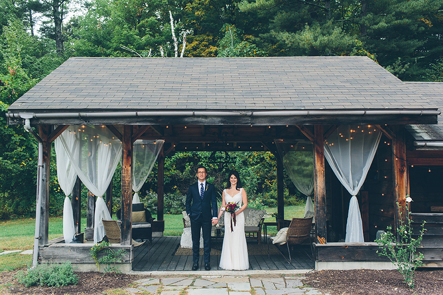 NEW-YORK-CITY-WEDDING-PHOTOGRAPHER-CATSKILLS-NY-FOXFIRE-MOUNTAIN-HOUSE-0047.jpg