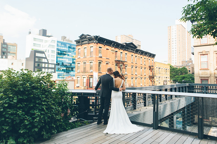 NEW-YORK-CITY-WEDDING-PHOTOGRAPHER-CURRENT-CHELSEAPIERS-THE-HIGHLINE-DREAM-HOTELS-CHELSEA-MANHATTAN-BROOKLYN-WEDDING-PHOTOGRAPHY-0034.jpg