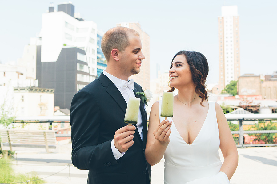 NEW-YORK-CITY-WEDDING-PHOTOGRAPHER-CURRENT-CHELSEAPIERS-THE-HIGHLINE-DREAM-HOTELS-CHELSEA-MANHATTAN-BROOKLYN-WEDDING-PHOTOGRAPHY-0063.jpg
