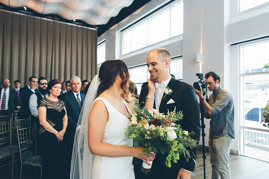 NEW-YORK-CITY-WEDDING-PHOTOGRAPHER-CURRENT-CHELSEAPIERS-THE-HIGHLINE-DREAM-HOTELS-CHELSEA-MANHATTAN-BROOKLYN-WEDDING-PHOTOGRAPHY-0079.jpg