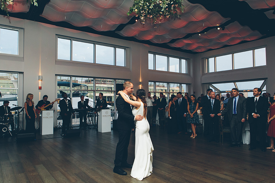 NEW-YORK-CITY-WEDDING-PHOTOGRAPHER-CURRENT-CHELSEAPIERS-THE-HIGHLINE-DREAM-HOTELS-CHELSEA-MANHATTAN-BROOKLYN-WEDDING-PHOTOGRAPHY-0090.jpg