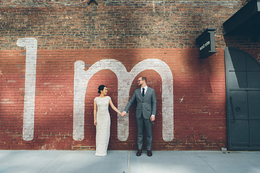 NEW-YORK-CITY-WEDDING-PHOTOGRAPHER-VINEGAR-HILL-HOUSE-INTIMATE-DUMBO-WEDDING-ELOPEMENT-MANHATTAN-BROOKLYN-WEDDING-PHOTOGRAPHY-0003.jpg