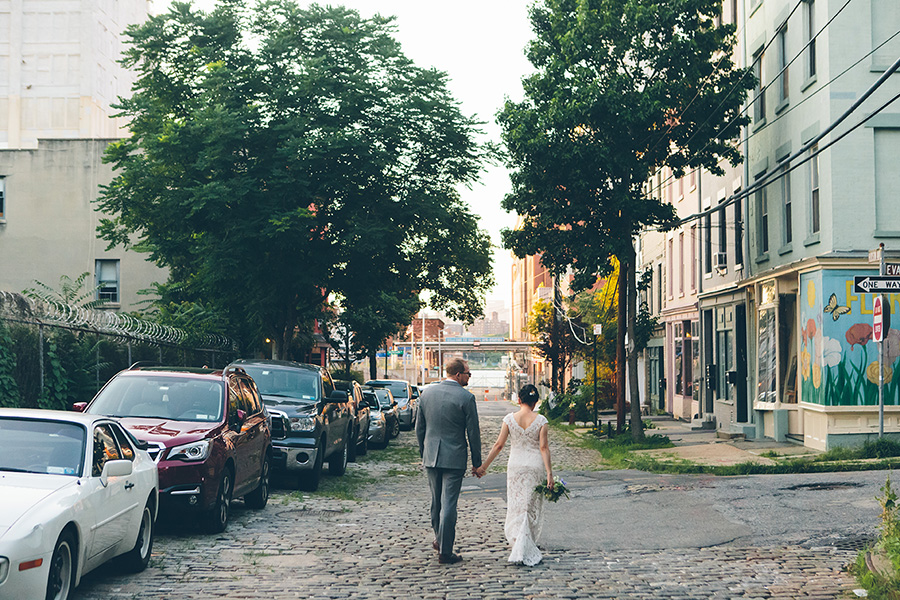 NEW-YORK-CITY-WEDDING-PHOTOGRAPHER-VINEGAR-HILL-HOUSE-INTIMATE-DUMBO-WEDDING-ELOPEMENT-MANHATTAN-BROOKLYN-WEDDING-PHOTOGRAPHY-0026.jpg