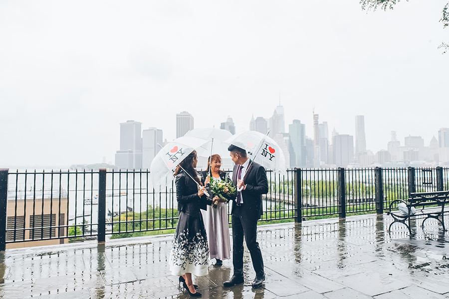 NEW-YORK-CITY-WEDDING-PHOTOGRAPHER-INTIMATE-WEDDING-ELOPEMENT-BROOKLYN-PROMENADE-CITYHALL-MANHATTAN-BROOKLYN-WEDDING-PHOTOGRAPHY-JackieAaron-0014.jpg