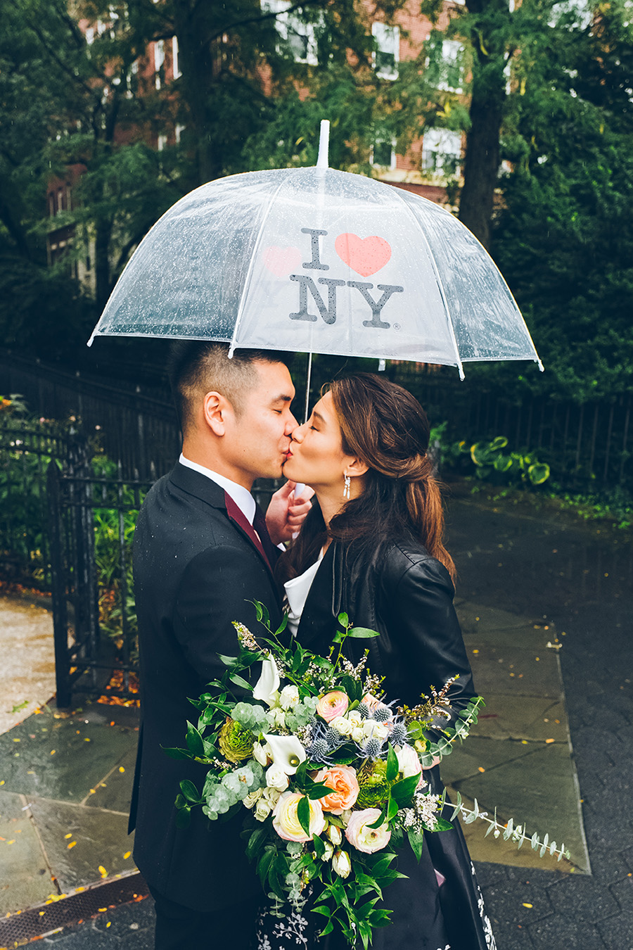 NEW-YORK-CITY-WEDDING-PHOTOGRAPHER-INTIMATE-WEDDING-ELOPEMENT-BROOKLYN-PROMENADE-CITYHALL-MANHATTAN-BROOKLYN-WEDDING-PHOTOGRAPHY-JackieAaron-0025.jpg
